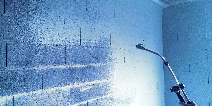 tanch it l 39 air des murs par projection d 39 a roblue dk vs air. Black Bedroom Furniture Sets. Home Design Ideas